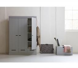 Afbeelding van product: WOOOD Connect 3-deurs kast 195x140x53 cm sleufgrepen grenen betongrijs