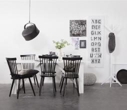 Afbeelding van product: WOOOD Studio staande kapstok berkenhout zwart