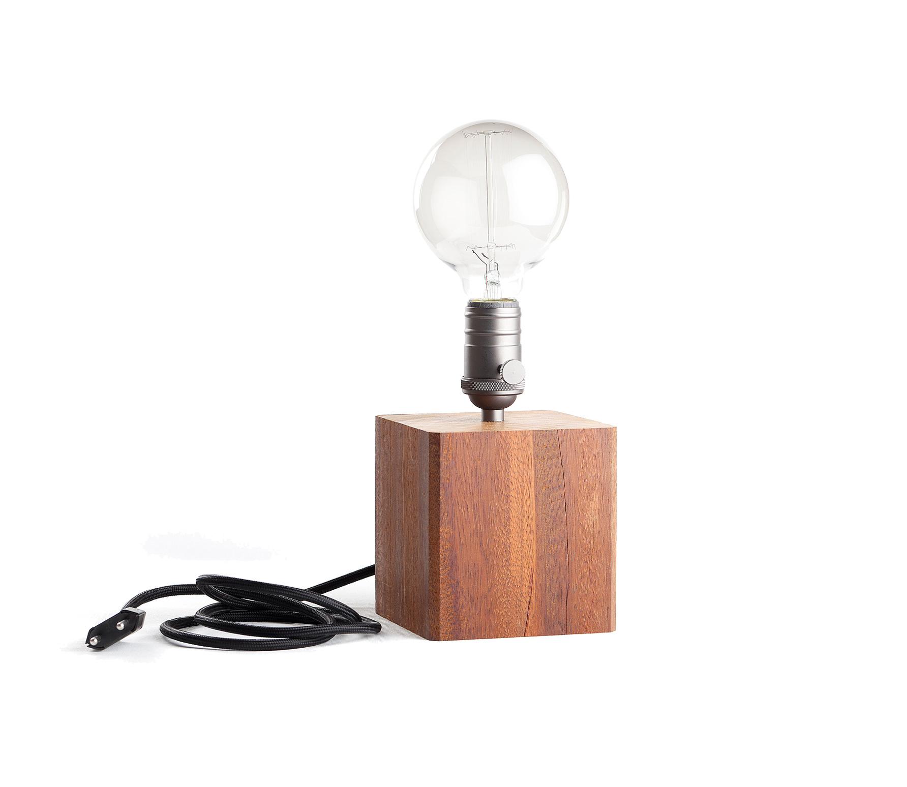Basiclabel Industriële tafellamp hout incl lamp vrijstaand