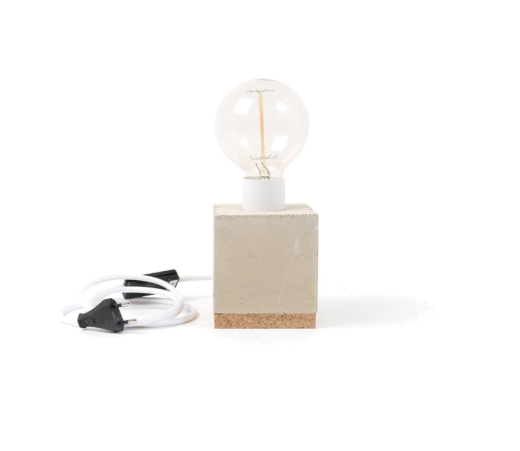Basiclabel Betonlamp wit incl lamp vrijstaand