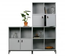 Afbeelding van product: vtwonen Lower case stapelkast 4 open vakken grenen betongrijs met onderstel