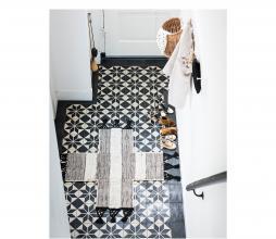 Afbeelding van product: vtwonen Cross vloerkleed, div afmetingen 120 x 120 cm