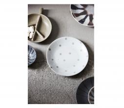 Afbeelding van product: Housedoctor Dots bord ø16 cm aardewerk off-white/beige