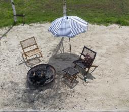 Afbeelding van product: WOOOD Lois klapstoel ruit (binnen-buiten) hout donkerbruin