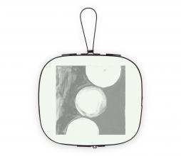 Afbeelding van product: vtwonen Rounded fotolijst metaal zwart div. afmetingen 20x32 cm